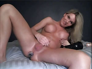 Cute tranny star Shore using anal dildo